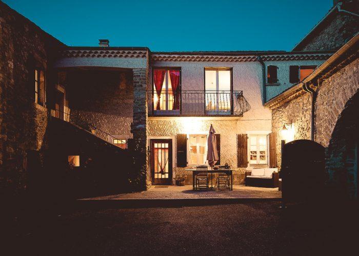 Gite Le couchant photo prise de nuit au Gîtes Roche Colombe- Soyans 26400, Drôme